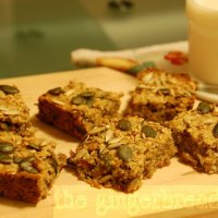 Sugar-free flapjacks (oat bars)