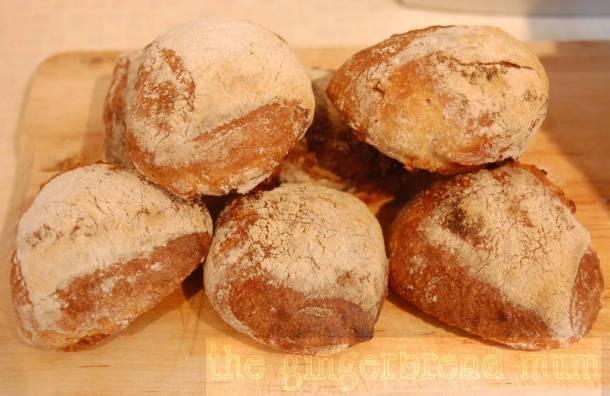 bread, bread rolls