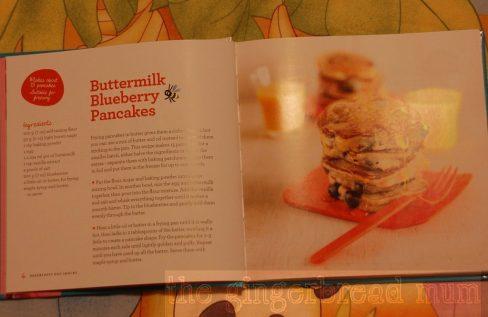 Annabel Karmel's buttermilk bluleberry pancakes