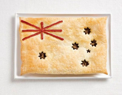 VisualNews_australia-flag-made-from-food-600x471
