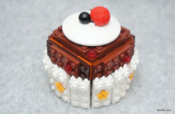 nobu_tary_legofood_cupcake