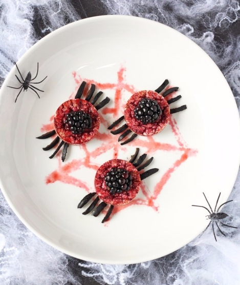 My Fussy Eater: Spooky Spider Rice Cakes